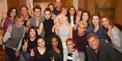 Descendants 2: le FOTO del cast sul set del film di Disney