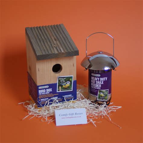 house warming present comfy new home gift boxes housewarming gift ideas uk