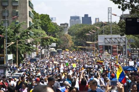 imagenes de protestas en venezuela hoy oficialistas y opositores marchar 225 n hoy tras un mes de