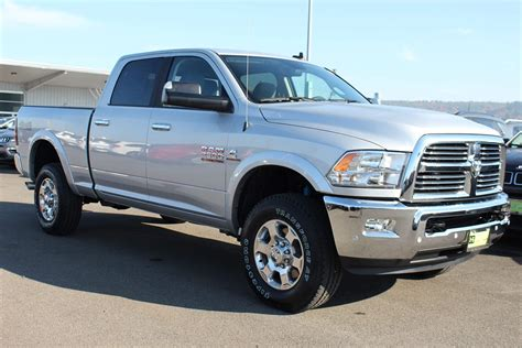 Dodge: 2019 2020 Dodge RAM 2500 Engine Options Photo