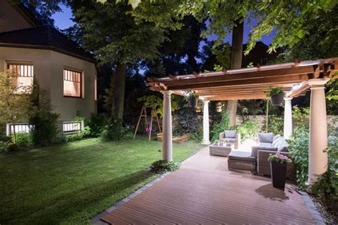 Professional Landscape Lighting Benefits Of Professional Landscape Lighting