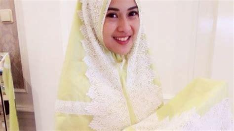 Mukena Di Indah Bordir 8 mukena indah yang bikin semangat ibadahmu di bulan ramadhan makin membara demi pahala berlipat