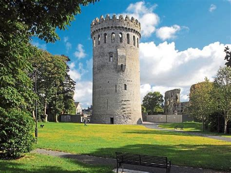 top  buildings  visit  tipperary tipperary star