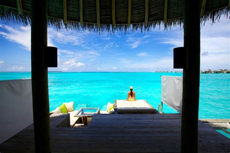 six senses laamu maldives six senses laamu resort maldives barefoot luxury hotel the style junkies