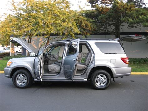 how many seats does a jeeppass how many seats does a toyota sequoia 28 images 2003