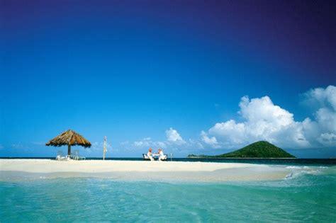 crowd  caribbean islands  remote getaways