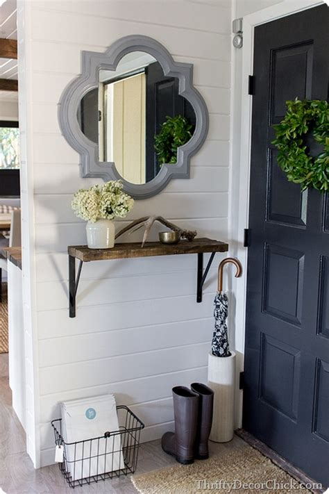 dark gray accent wall from thrifty decor chick showing off jenna sue thrifty decor chick bloglovin