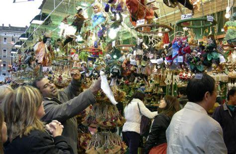 befana piazza navona 2018 il mercatino della befana di piazza navona a roma