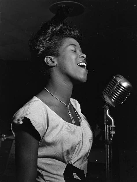 swing singers file sarah vaughan 1946 gottlieb08821 jpg wikimedia