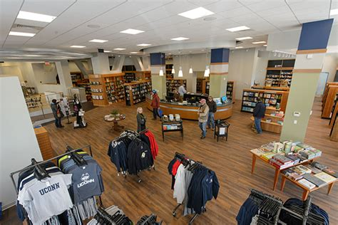 Uconn Co Op Mba Shop by Uconn Co Op Opens Doors At Storrs Center Uconn Today