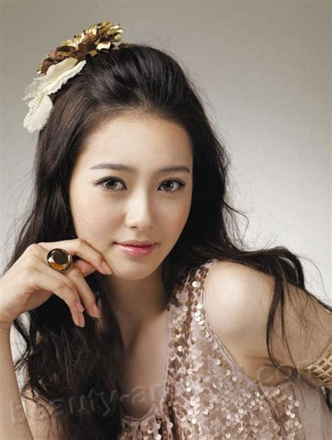 actress of korea top 30 beautiful korean women photo gallery