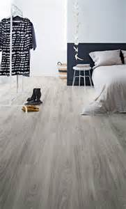 White Vinyl Plank Flooring 29 Vinyl Flooring Ideas With Pros And Cons Digsdigs