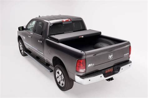 ram 1500 bed cover dodge ram 1500 6 5 bed 1994 2001 extang solid fold 2 0