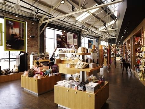 Wag Hotels Retail Store   Store Designs   Pinterest   Open