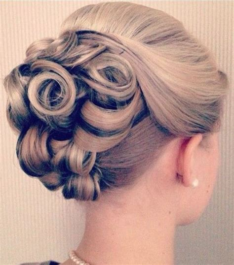 Vintage Bridal Hair Tutorial by Best 25 Vintage Updo Ideas On Vintage Bridal