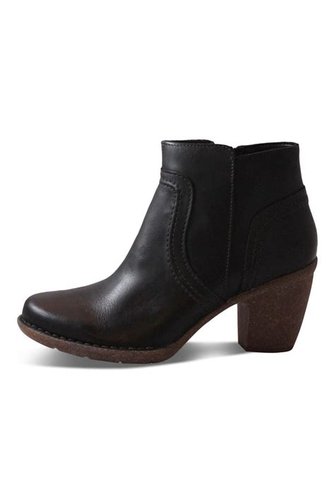clarks black ankle boot from canada by big boot inn