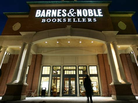 Barnes Noble To Sell Book In Stores by Barnes Noble Turns Its Back On Cbs News