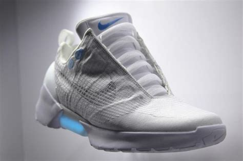 nike self tying shoes price marty mcfly s self tying shoes are finally a reality