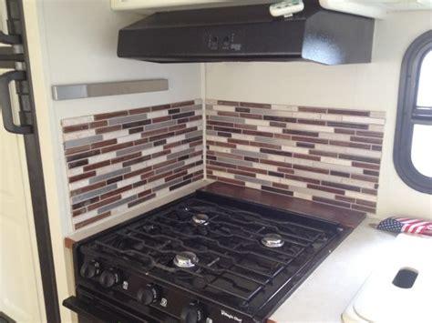 smart tiles kitchen backsplash best 25 smart tiles backsplash ideas on pinterest smart