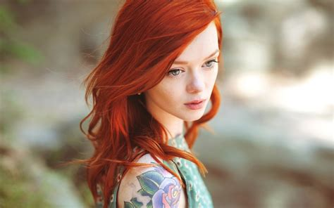 redhead with tattoos model lass