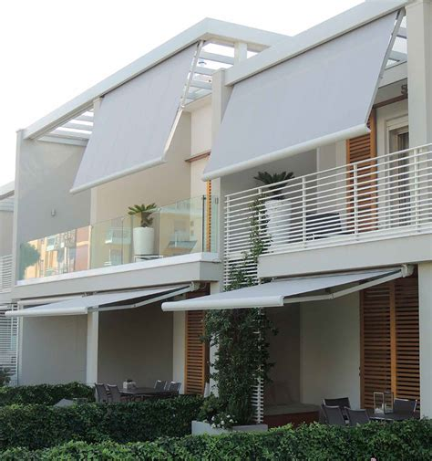 veranda per cer toldos brazos extensibles con cofre gt base lite cortinas