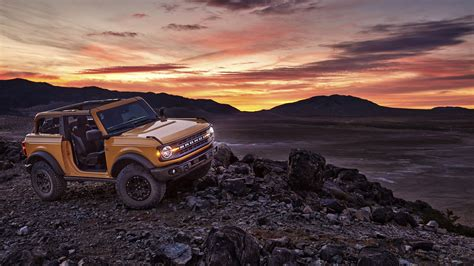 ford bronco  wallpaper    cars