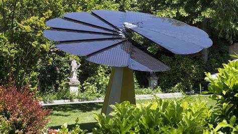 Pretty Bathrooms the smart solar flower