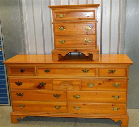 honey pine bedroom dresser stand furniture