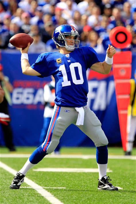 Ny Giants L by Eli Manning In Buffalo Bills V New York Giants Zimbio