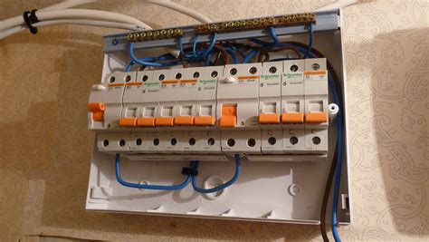 file wiring of european fuse box jpg wikimedia commons