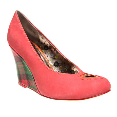 Shoe Of The Week Shoewawa 10 by Shoe Of The Week Poetic Licence X Sweet Sally