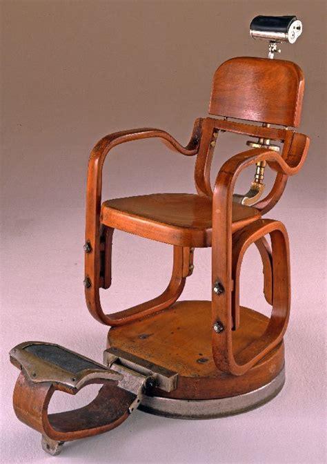 italian barbers chair vintagetreasures barberschair antiguedades sillones