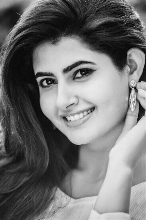 Ashima Narwal Photo Shoot Photos - Photogallery - Page 7
