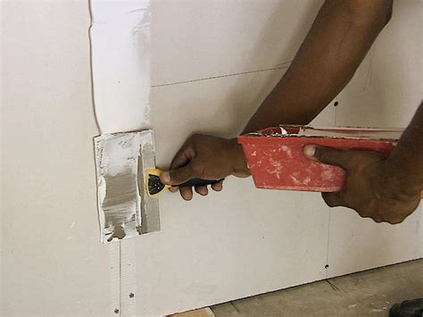diy drywall mudding and taping how to add drywall and refinish a garage how tos diy