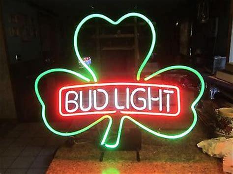 Vintage Budweiser Bud Light Neon Beer Sign Shamrock Irish