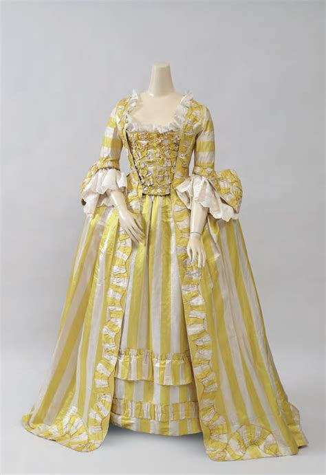 25 best ideas about 18th century fashion on