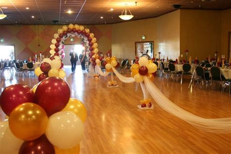 Wedding Aisle Balloons by 17 Best Images About Balloon Decor On