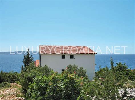 holiday house for sale ciovo trogir luxurycroatia net