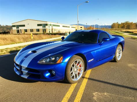 how cars run 2006 dodge viper electronic throttle control 2006 dodge viper srt10 coupe blue with stripes