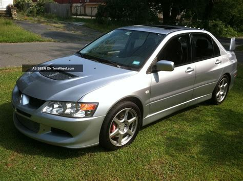 mitsubishi sedan 2004 2004 mitsubishi lancer evolution sedan 4 door 2 0l