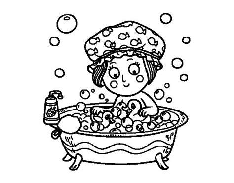 disegni bagno disegno di ragazza prendendo un bagno da colorare