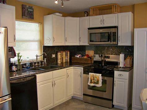 white cabinets black appliances kitchen colors with white cabinets and black appliances