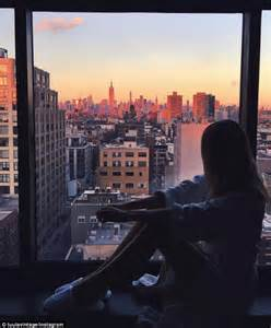 Online Room Sketch instagram stars margaret zhang and jessica stein love