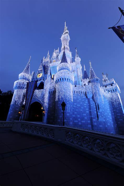 magic kingdom lights disney parks after castle lights at magic