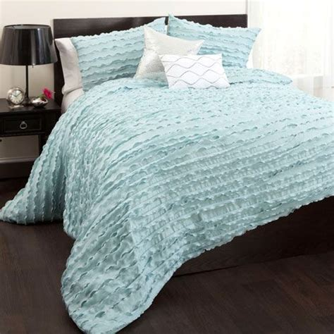 hallmart collectibles decadence nine comforter