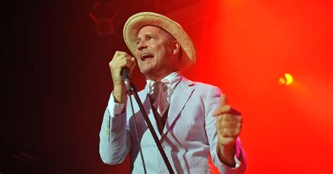 Singer Watson Has New Brain Tumor by Tragically Hip Singer Diagnosed With Terminal Brain Cancer