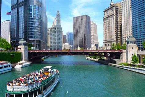 chicago family boat tours the easiest way to visit chicago in 3 days easy planet