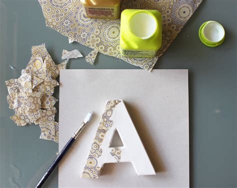 tutorial decoupage en carton letter with decoupage letras de cart 243 n pinterest