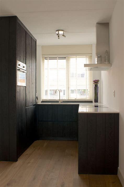 houten keuken met zwart blad meer dan 1000 idee 235 n over eiken keukens op pinterest