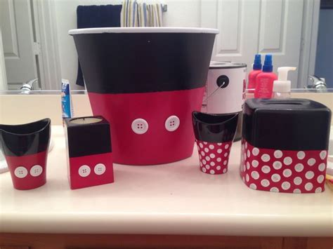 minnie mouse bathroom accessories 25 best ideas about mickey mouse bathroom on